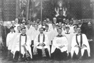 clergyandchoir1910-2
